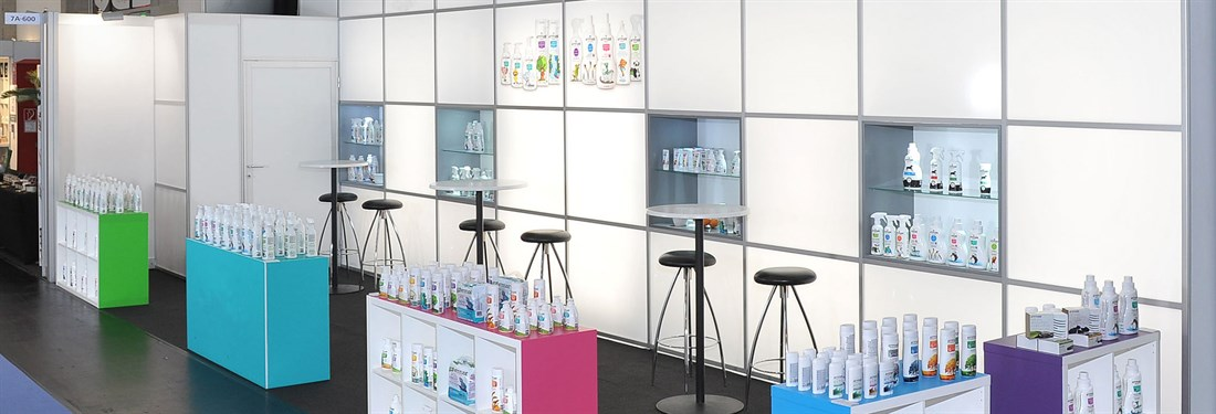 Exhibition Stand Lighting Plus : Stand construction iwa outdoorclassics